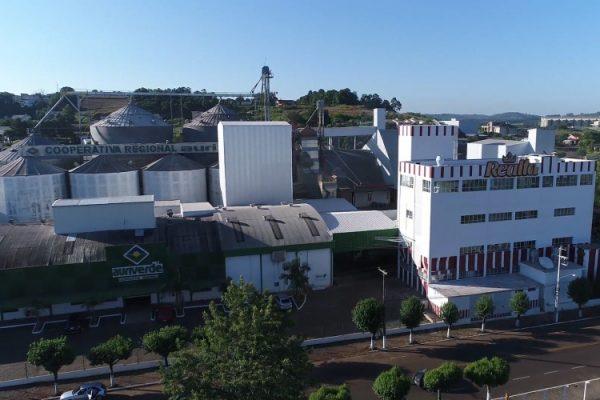 A sede da Cooperauriverde fica localizada em Cunha Porã (SC)